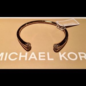 NWT Michael Kors Pave Crystal Heart Cuff Bracelet
